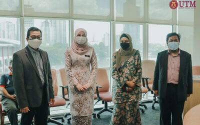 Kehadiran YB Datuk Seri Rina binti Mohd Harun, Menteri Pembangunan, Wanita, Keluarga dan Masyarakat ke Pejabat FTIR, Aras 5 Menara Razak